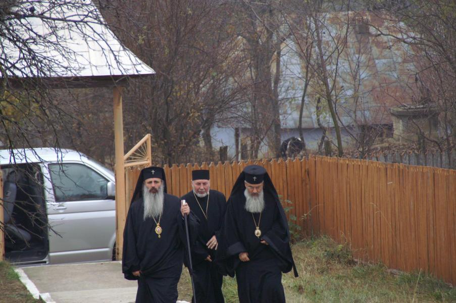 Vizita I.P.S. Teofan in parohia noastra
